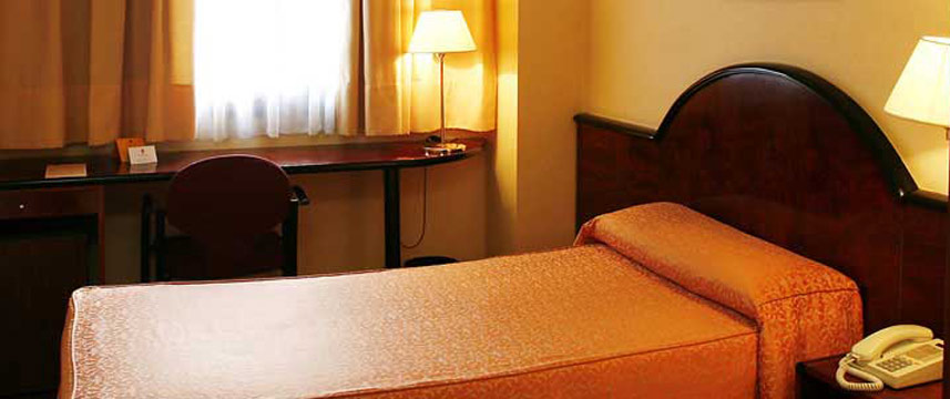 Hotel Caledonian - Single Room