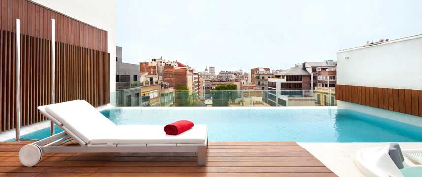 Hotel Condes Pool