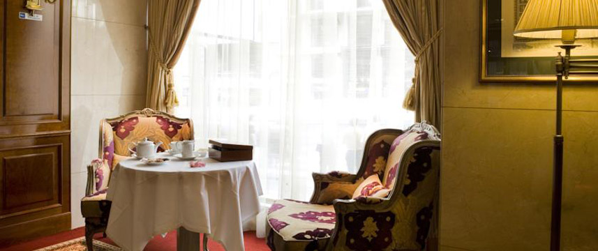 Hotel Emperador - Afternoon Tea