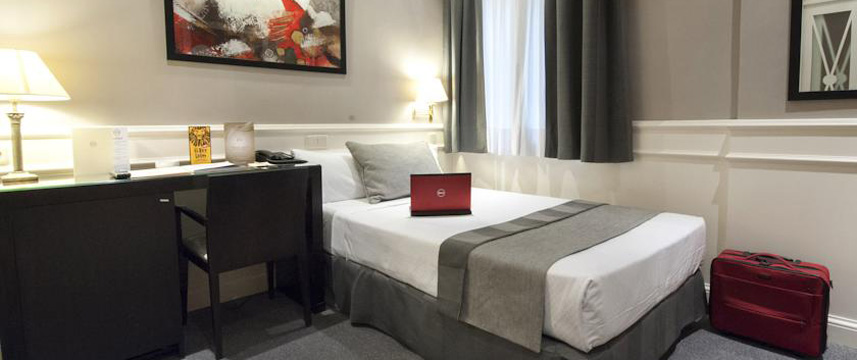 Hotel Emperador - Single Room