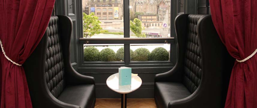 Hotel Indigo Edinburgh Princes Street Seating