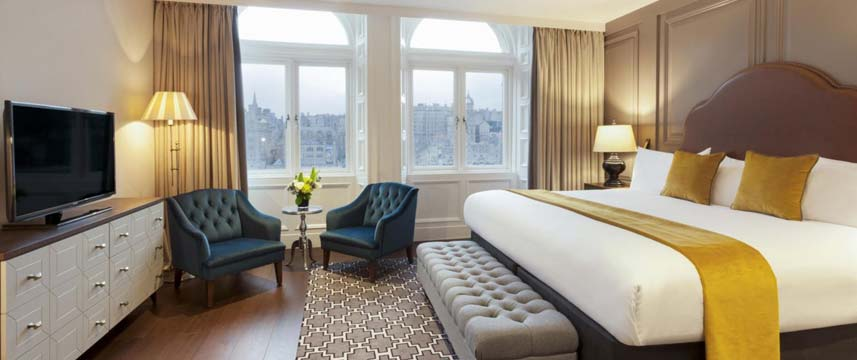 Hotel Indigo Edinburgh Princes Street Suite With View