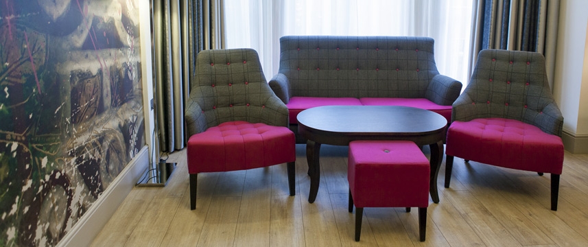 Hotel Indigo London Earls Court Junior Suite Seating