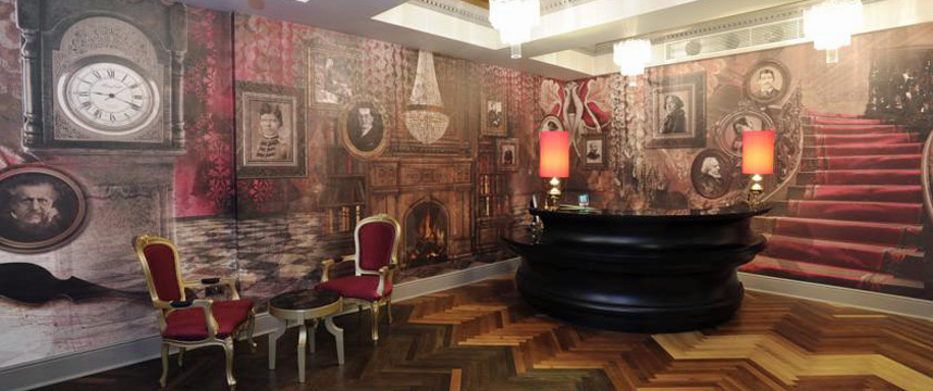 Hotel Indigo London Earls Court Reception