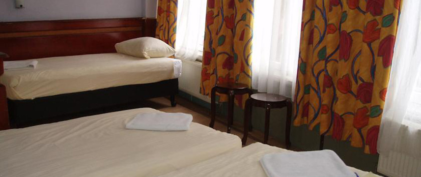 Hotel Manofa - Triple Room