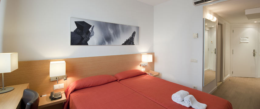 Hotel Sagrada Familia - Twin Room
