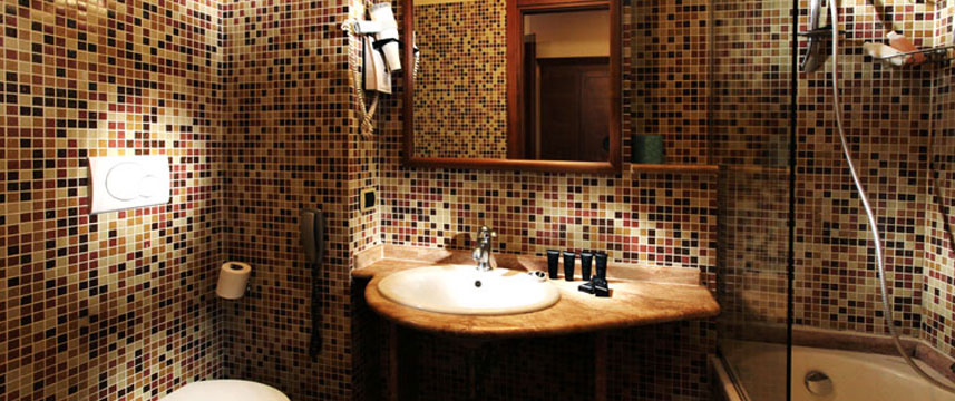 Hotel Solis - Bathroom