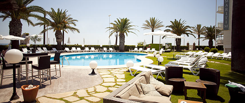 Hotel Subur Maritim - Pool Seating