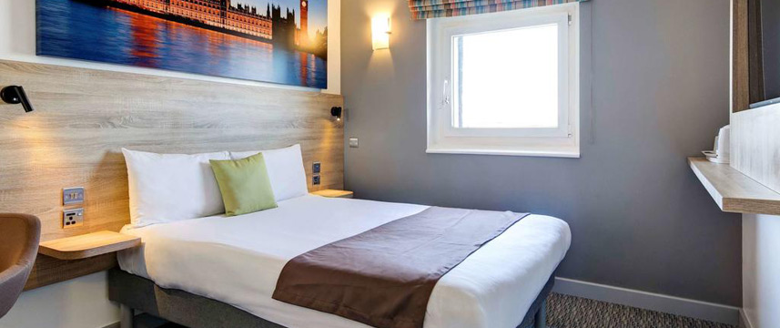 Ibis Styles London Excel - Queen Room