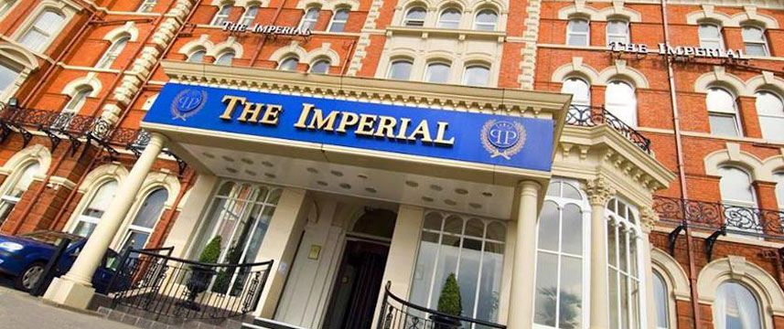 Imperial Hotel Blackpool - Entance