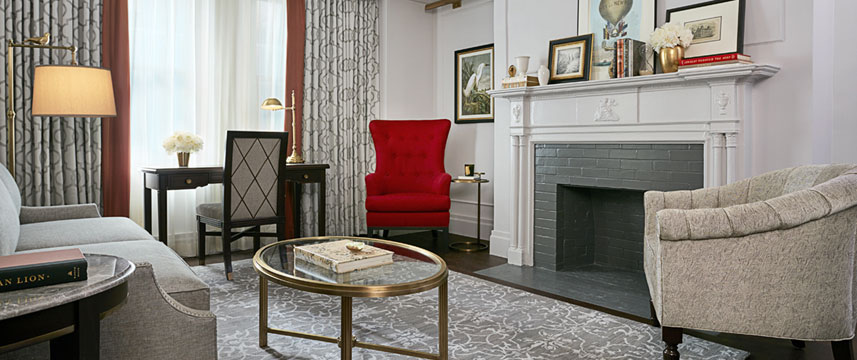 InterContinental New York Barclay - Suite Living Area