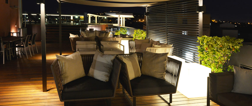 Jazz Hotel - Night Terrace