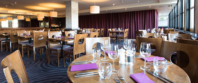 Jurys Inn Edinburgh - Dining Room