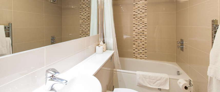 Kildonan Lodge Hotel - Bathroom