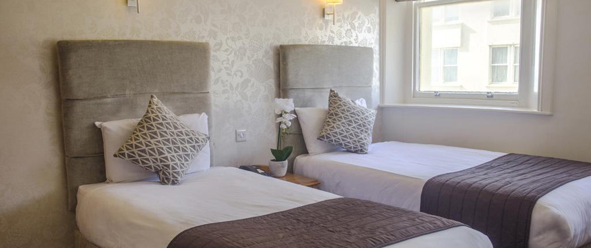 Kings Hotel Brighton - Twin Beds