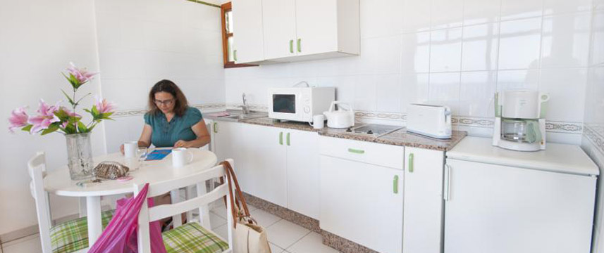 La Penita Apartments - Kitchenette