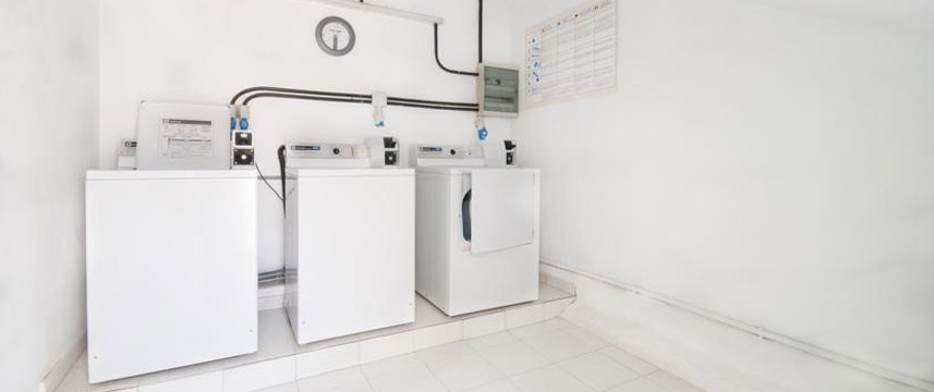 La Penita Apartments - Laundry