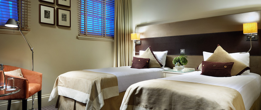 London Bridge - Twin Room