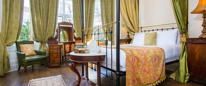 Marmadukes Town House Hotel - Four Poster Room