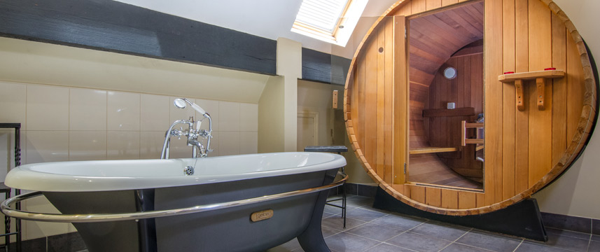 Marmadukes Town House Hotel - Loft Suite Bathroom