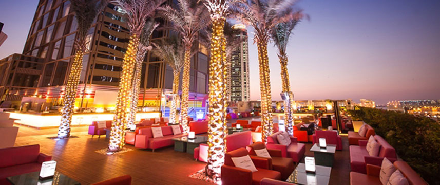 Media One Hotel Dubai - The Deck