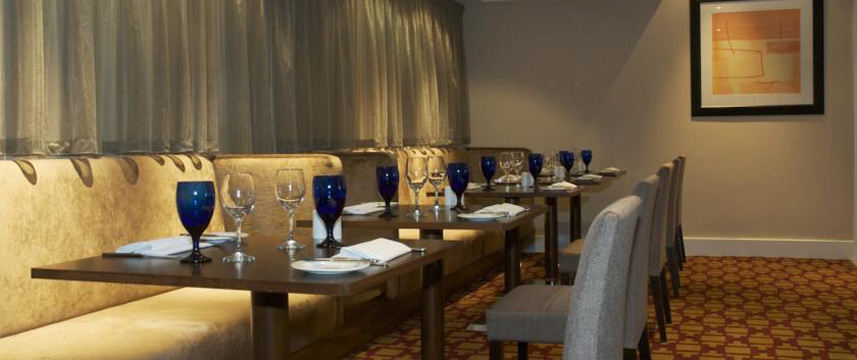 Menzies Dyce Restaurant Tables