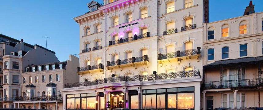 Mercure Brighton Seafront - Exterior Night