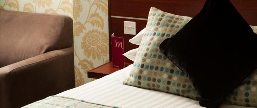 Mercure Manchester Picadilly Bedroom Detail