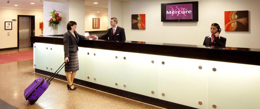 Mercure Manchester Picadilly Reception