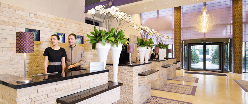 Movenpick Hotel Paris Neuilly Reception