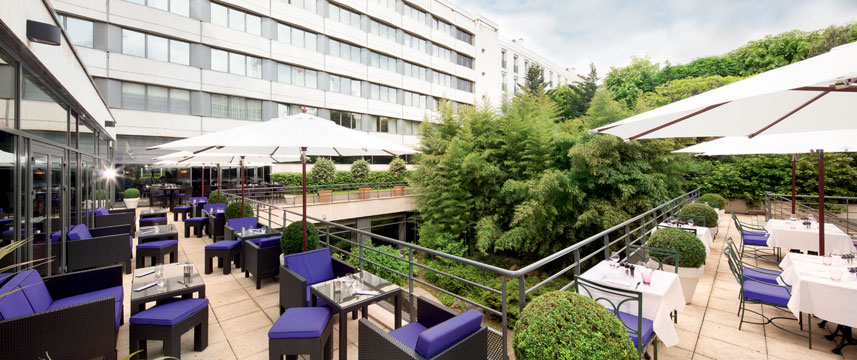 Movenpick Hotel Paris Neuilly Terrace