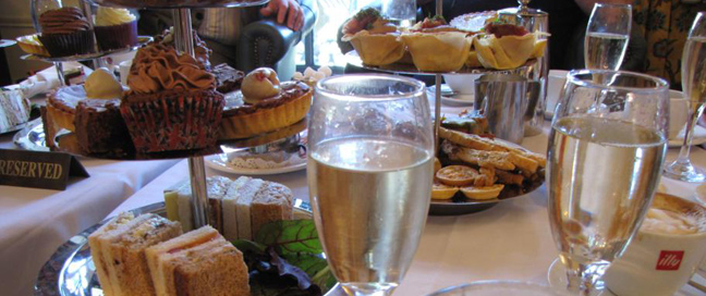 Norfolk Royale Classic Hotel - Afternoon Tea