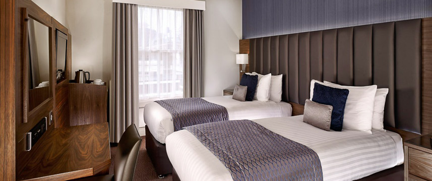 Norfolk Towers Paddington Hotel - Club Twin Guest Room