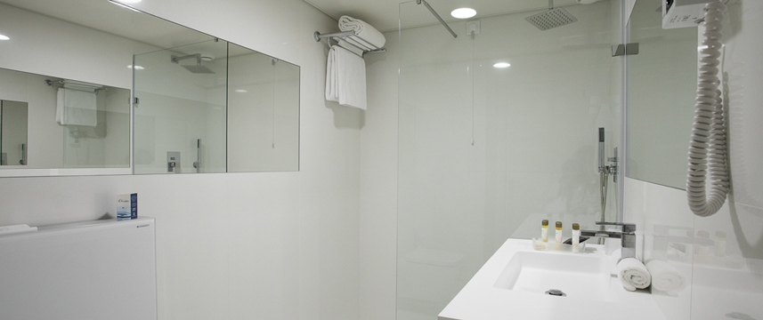 Olissippo Marques de Sa - Shower Room