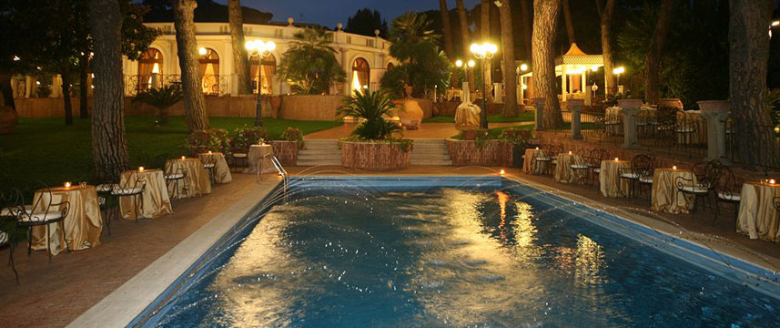 Park Hotel Villaferrata - Pool Night