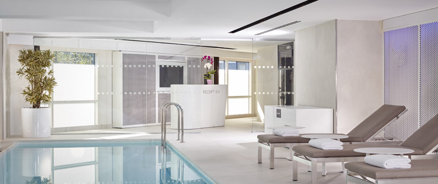 Park Plaza London Riverbank - Pool Reception