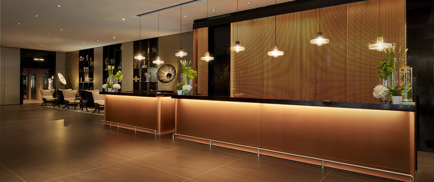 Park Plaza London Riverbank - Reception Area