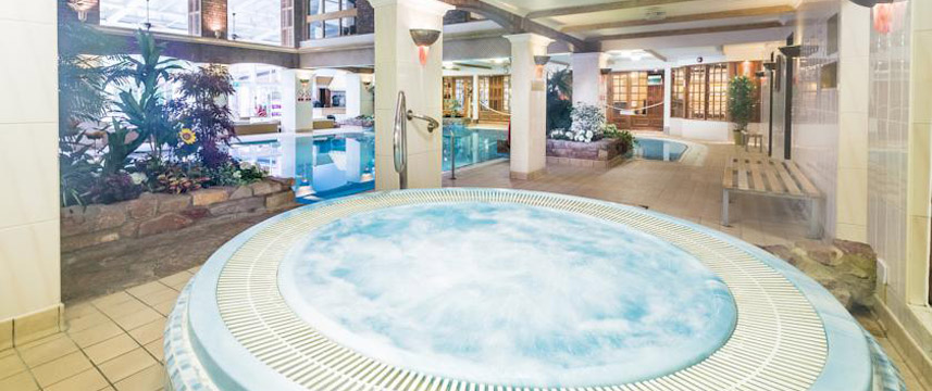 Parkway Hotel - & Spa Jacuzzi