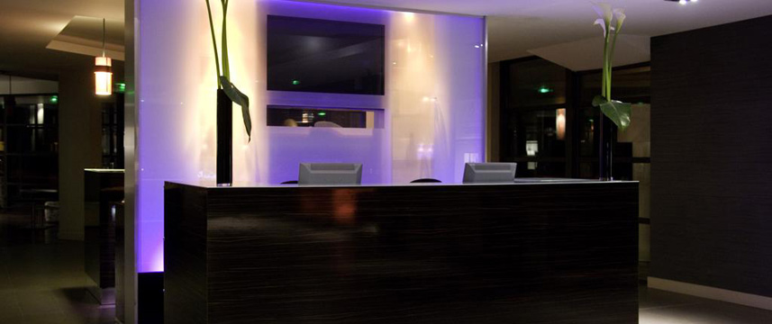 Paxton Resort and Spa - Reception Desk