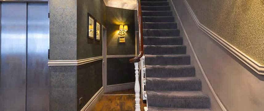 Princes Square Hotel - Stairway