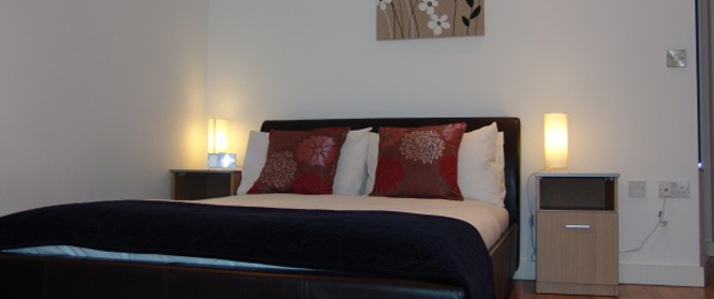 Quay Apartments Manchester - Double Bedroom