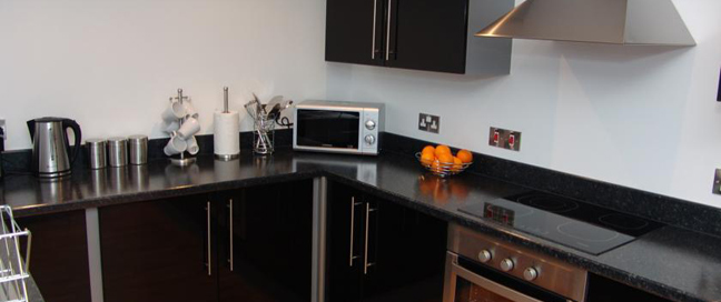 Quay Apartments Manchester - Kitchen