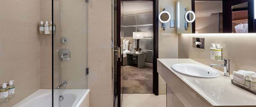 Radisson  Blu Edwardian Mercer Street Corner Suite Bathroom