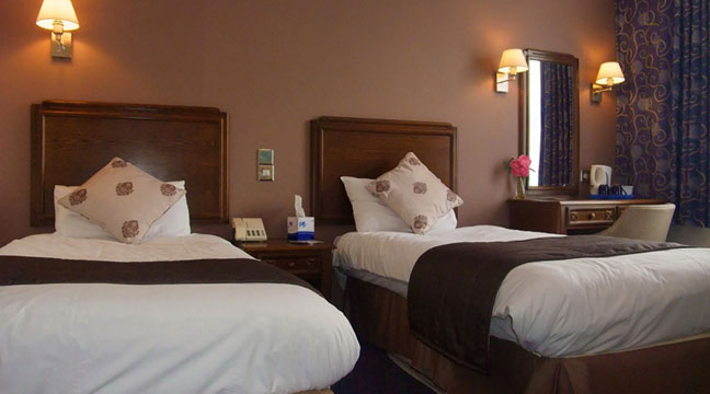 Ramada Crawley Gatwick - Twin Room