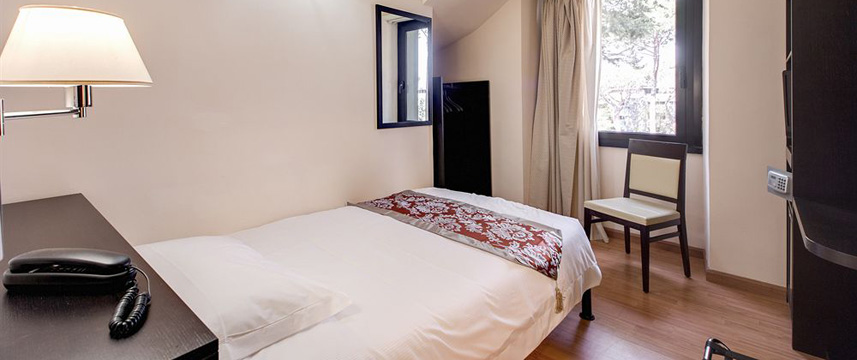 Regal Park Hotel - Single Room