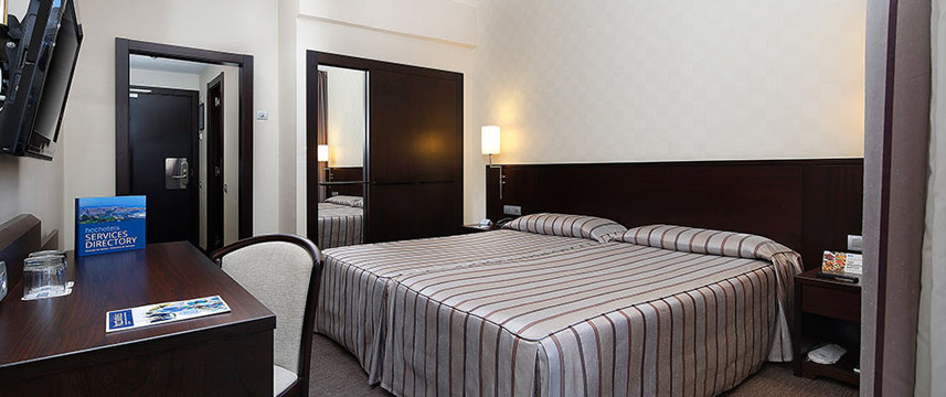 Regente Hotel - Twin Bedded Room