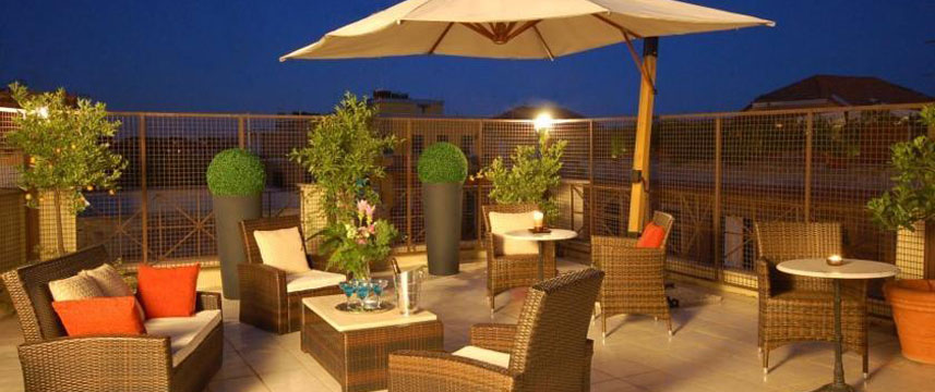 Residence Vatican Suites - Terrace Evening