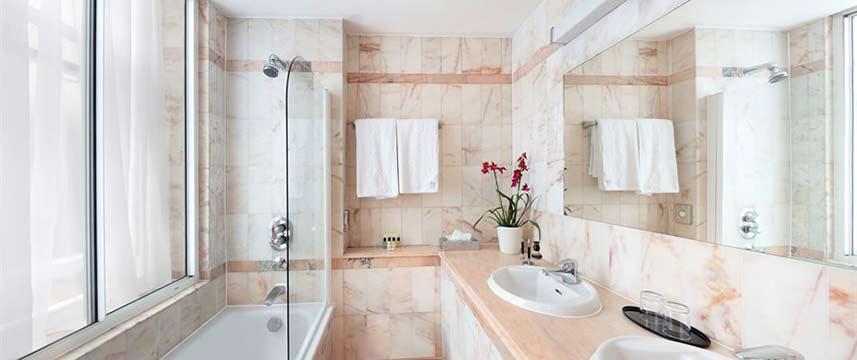 Rochester Hotel by Blue Orchid - Bathroom
