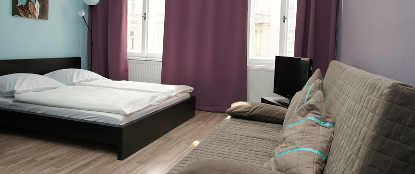 Royal Court Apartments - Prague - Studio Double Bedroom