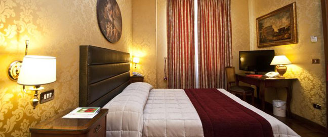 Royal Court Rome Deluxe Double Room